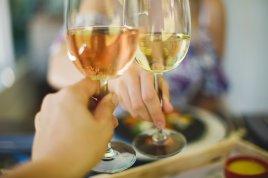 La Petite Ferme - Cheers (HR) photo Claire Gunn