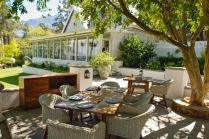 La Petite Ferme - Restaurant terrace 3 (HR) - photo Claire Gunn